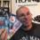 Présentation de plusieurs coffrets comprenant dix films chacun en Blu-ray